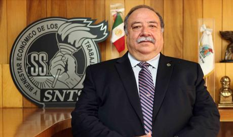Dr. Felipe Germán Manuel Alcántara Martínez