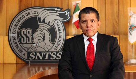 Dr. Fernando Mendoza Arce