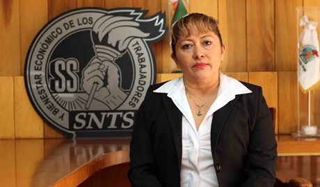 Enfermera Amparo Rosas Hernández