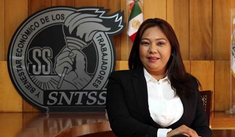 Enfermera Gicela Álvarez Reyes