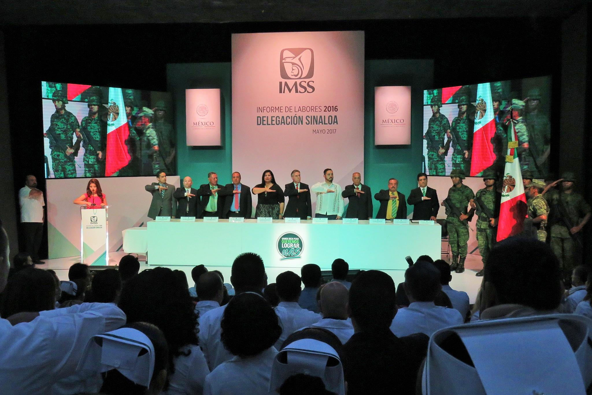 Asisten al Informe Anual del Delegado del IMSS en Sinaloa