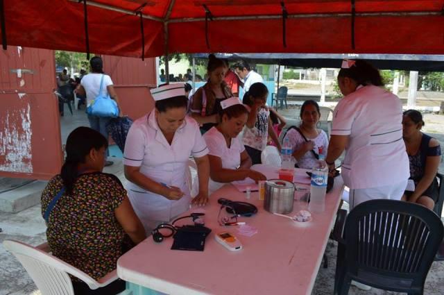 Realizan jornada de salud en Xocotitla