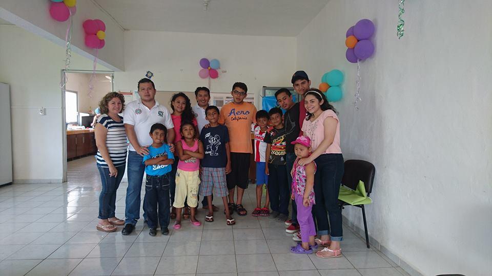 Red Juventud Sindical lleva juguetes a niños de Casa Hogar