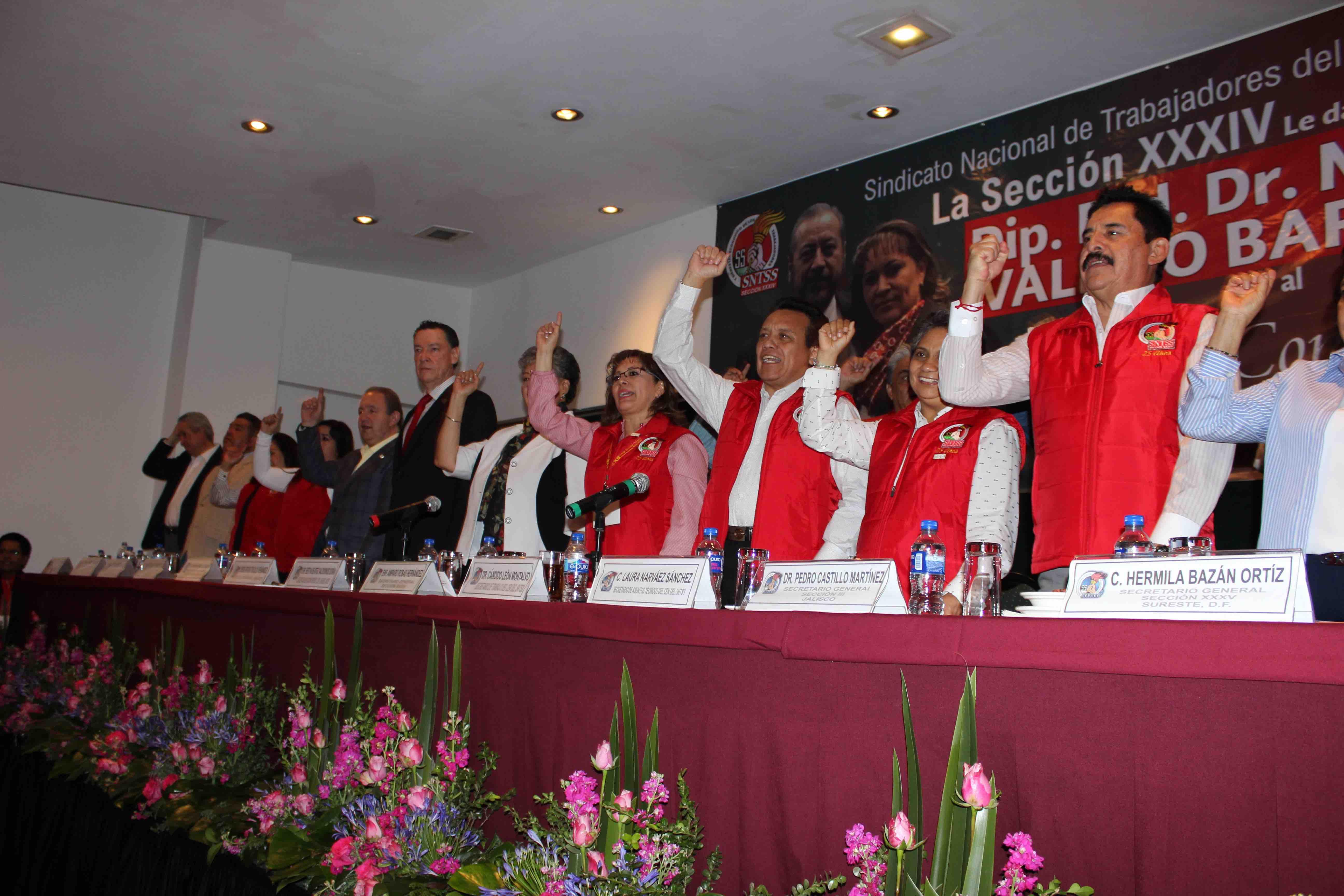 Resaltan liderazgo de Amparo Rosas