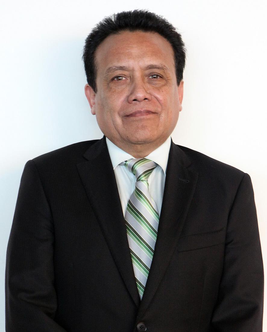 Dr. Cándido León Montalvo