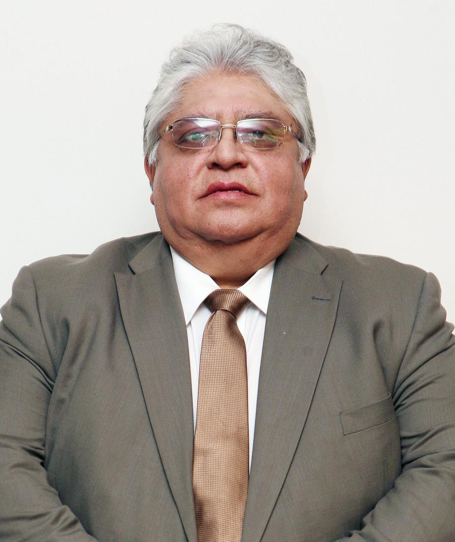 Dr.Daniel Muñoz Martínez