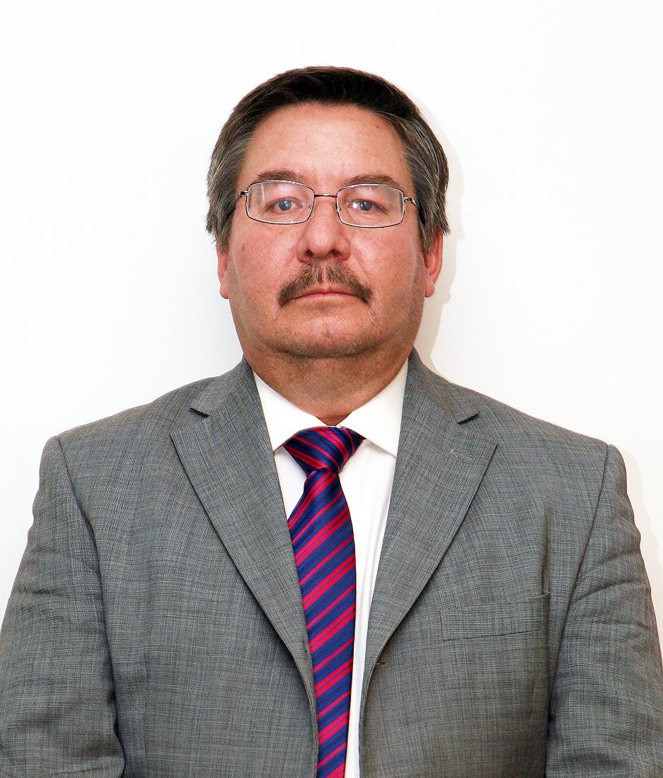 Dr. Uswaldo Pinedo Barrios